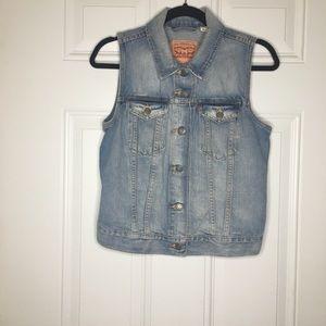 Levi's Size Medium Blue Denim Button Up Vest